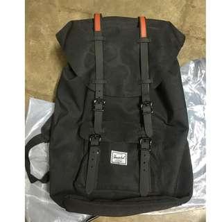 Herschel Little America 23.5L Backpack