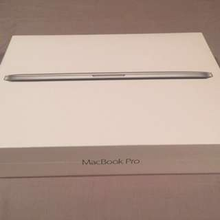 Un-boxed MacBook Pro 13""