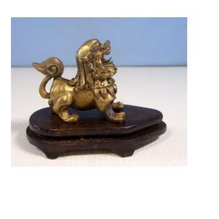 Vintage bronze Chinese foo dog display wood stand circa 1960s