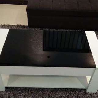Center Table w Tempered Glass