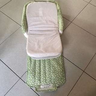 Portable infant cot for feeding/nappy change or sleeping