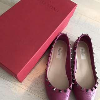 95% new Valentino flat shoe
