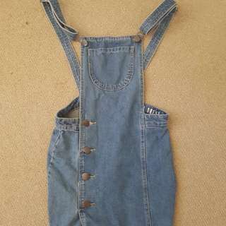 Size 6/8 denim overall