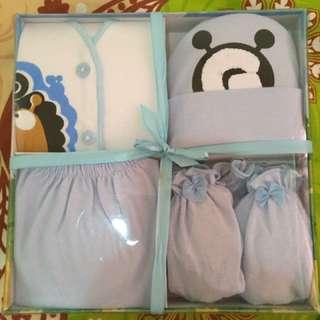 baby gift set/ 1 set baju bayi