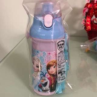 Auth skater Disney frozen water bottle
