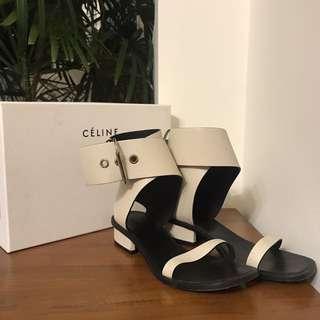 近全新/Celine灰白涼鞋(使用過兩次)