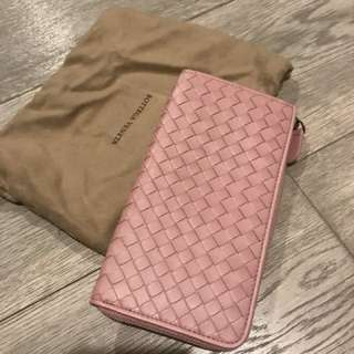 100% new! BV zip around wallet