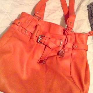 Mia Deluca pink handbag