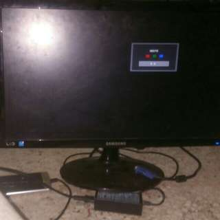 """Samsung 20""""""""  led Monitor"""