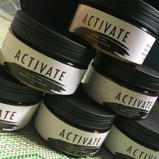 Activate (Bentonite Clay and Charcoal Mask)