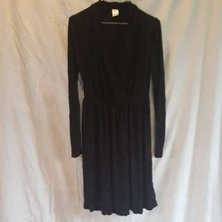 Plain black v neck dress