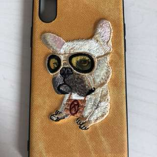 iPhone X - yellow case with embroidered pug