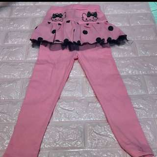 Hello kitty Long sleeve pants brand new size for 5-6yrs old