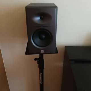 Sale/Trade: JBL LSR2300 studio monitor and Onstage Monitor Stand