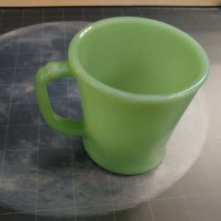 Fire King jadeite vintage 1pc D-handle mugs. Made in USA