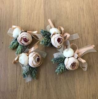 Flower Corsage (Pin)