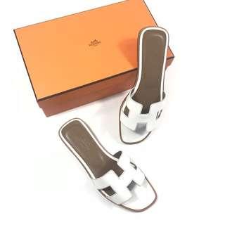 HERMÈS H 平底涼鞋 白色牛皮最耐看又百搭!