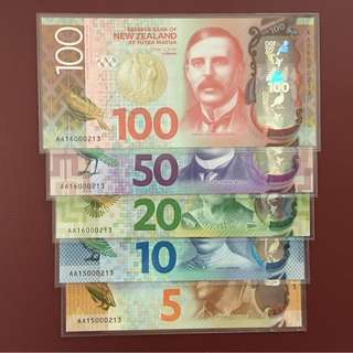 2015-2016 NEW ZEALAND 5 10 20 50 & 100 DOLLARS POLYMER P-191 TO P-195 UNC *MATCHING SERIAL NUMBER WITH ORIGINAL FOLDER*
