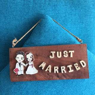 Just married signage