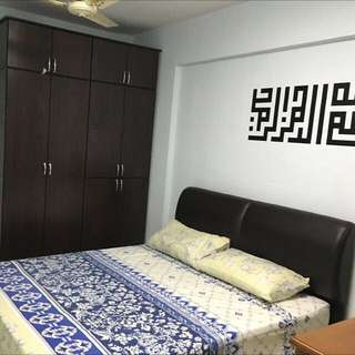 Master Bedroom @ 525 Bedok