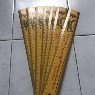 Brand New 1982 Courtesy Lion 30cm Ruler