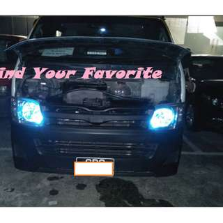 Toyota Hiace rides on T10 5630 SMD 6 & 10 leds - CASH&CARRY ONLY
