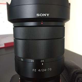 Sony FE 24-70mm T* CZ lens