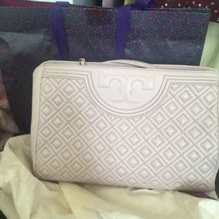 Never used Tory Burch Hang bag