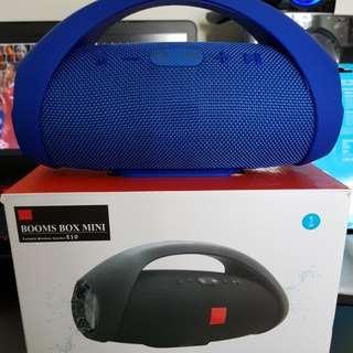 Boombox mini bluetooth speaker