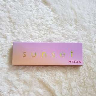 Mizzu x Tasya Farasya Sunset Palette