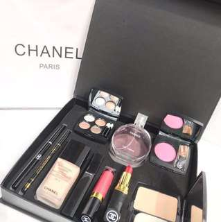Chanel make up set