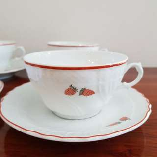 Richard Ginori teacups