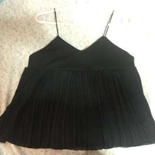 Black pleated tank top