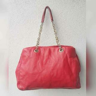 RED OROTON GENUINE LEATHER BAG
