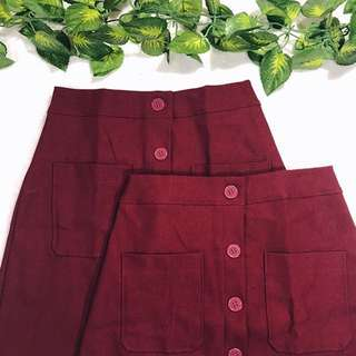 Buttondown Skirt with front pockets