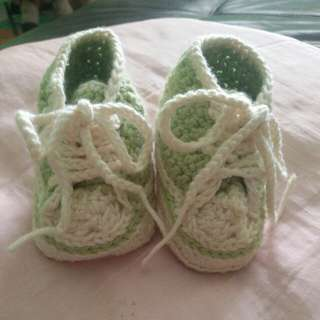 Baby Shoe (Knitted)