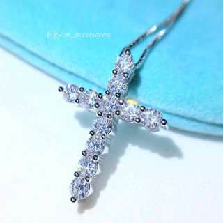 Sparkling silver cross!💎s925