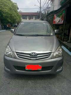 Toyota Innova G 2009 (Top of the line)
