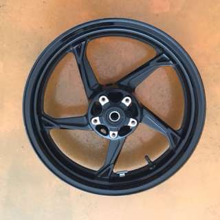Kawasaki Z1000 2013 oem wheels set perfect condition