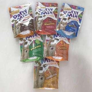 Friskies Party Mix Crunch