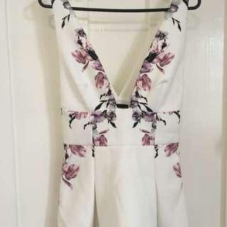 Stylestalker deep v floral peplum blouse