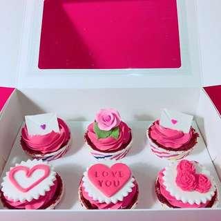 Valentine cupcakes, cakes