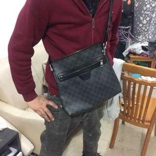 Gucci 男裝斜咩袋 S22279