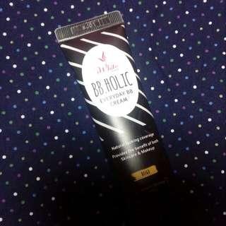 I White BB HOLIC Everyday BB Cream (Beige)