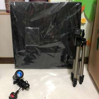 Portable photo studio box with 4 changeable backdrops