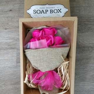 Soap flowers (box)