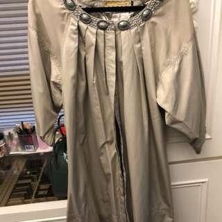🚚 寶石衣領傘狀氣質風衣