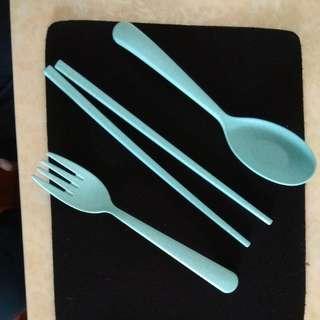 旅行方便餐具(一套三件)