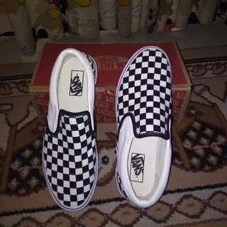 Sepatu Vans slip on Checkerboard catur