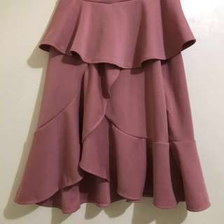 Frilled Skirt in (Black, White, Dusty Rose, and Red)